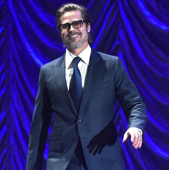 Harry Styles, Brad Pitt va loat sao nam Hollywood thich son mong tay hinh anh 2