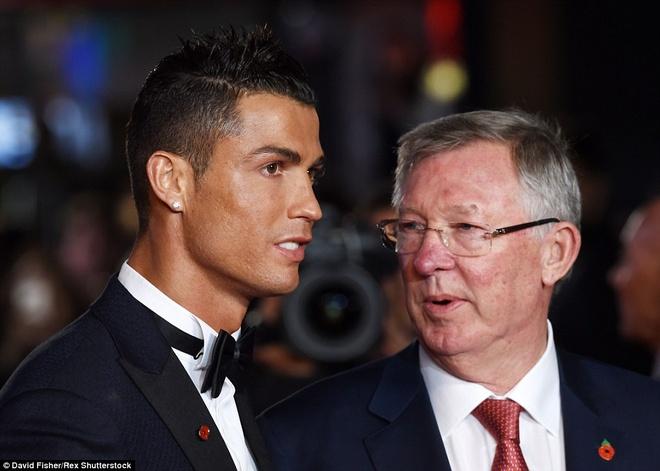 Bao than Real dua tin Abramovich ban Hazard de mua Ronaldo hinh anh
