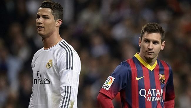 Ronaldo tin Qua bong vang kho thoat khoi Messi hinh anh