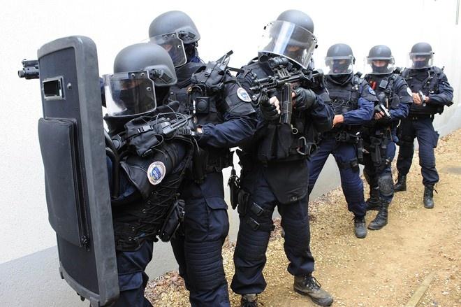 Dau hoi lon ve an ninh cho EURO 2016 cua nuoc Phap hinh anh