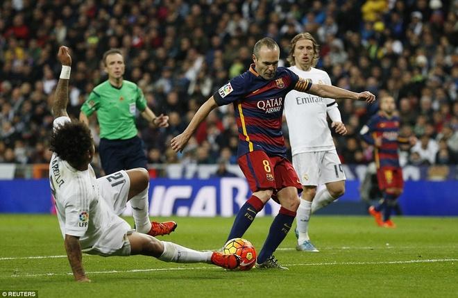 Tinh than doan ket cua Barca va man tu sat cua Real Madrid hinh anh 2
