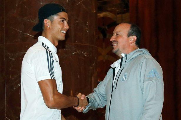 Chu tich Perez: 'Benitez hay cho Ronaldo du bi neu muon' hinh anh 2