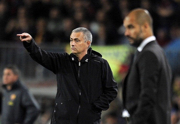 Jose Mourinho nen nhin Pep Guardiola de hoc tap hinh anh