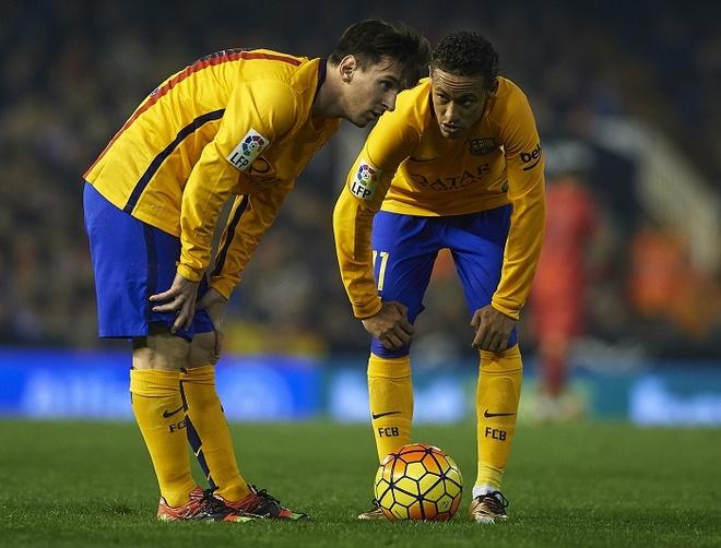 Barcelona va bai hoc tu Real Madrid hinh anh