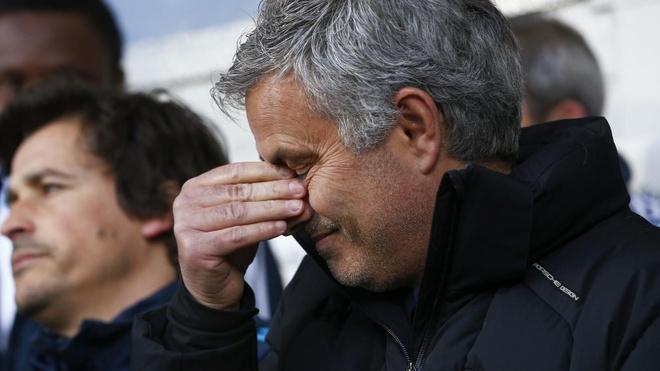 Mourinho tu nhuom den ho so nghe nghiep hinh anh 1
