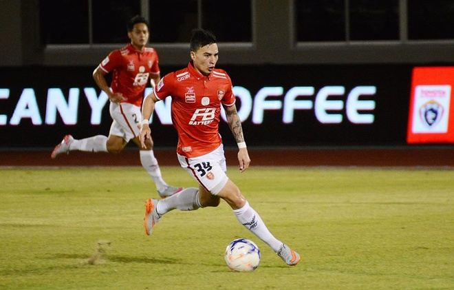 Doi cua 'Messi Thai' kien khap noi de nuoi hy vong tru hang hinh anh