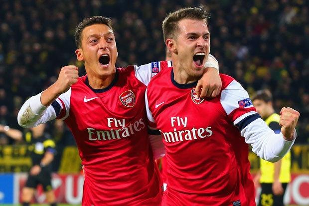 Ramsey va Oezil - Quan bai chien thuat dua Arsenal thang hoa hinh anh