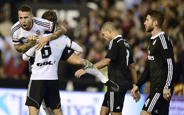 Nhin lai 12 thang tham hoa cua Real Madrid hinh anh 1