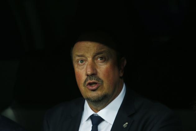 HLV Benitez: 'Co mot chien dich chong lai toi' hinh anh