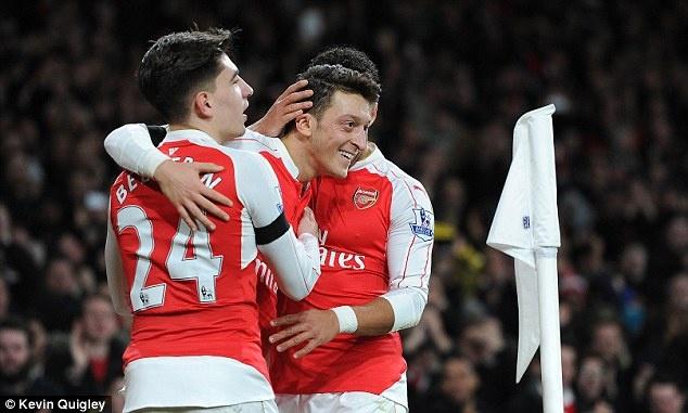 'Mua nay khong vo dich, Arsenal doi 10 nam nua' hinh anh