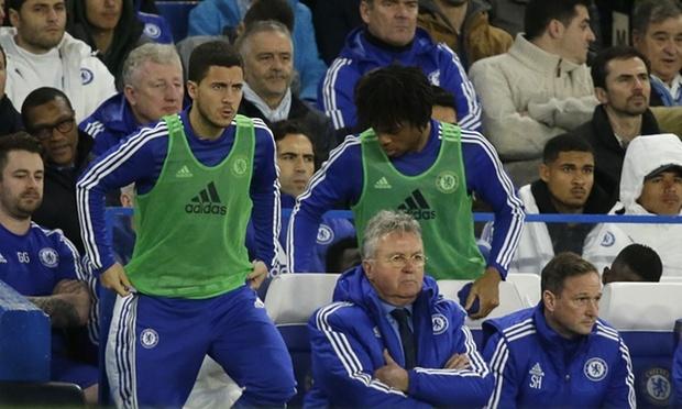 HLV Hiddink yeu cau ca doi Chelsea tap lam thu linh hinh anh 1