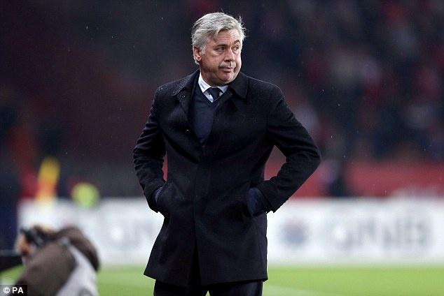 Chan chu voi Van Gaal, MU de mat Ancelotti hinh anh 1