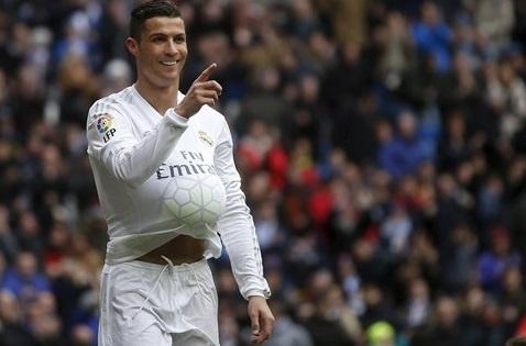 Ronaldo sap co con thu hai? hinh anh