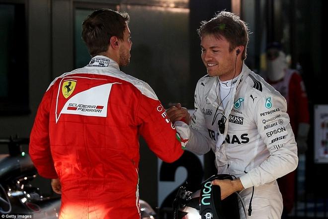 Alonso thoat chet sau vu tai nan khien xe dua nat vun hinh anh 15