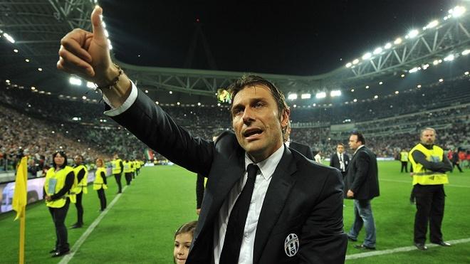 Conte den Chelsea, fan MU va Arsenal bat binh voi doi bong hinh anh