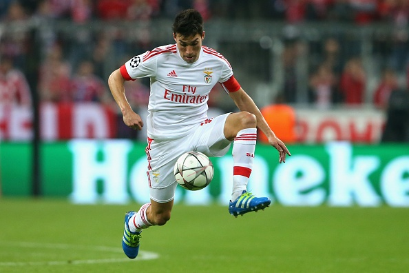 Cham diem Bayern vs Benfica: Doi khach kien cuong hinh anh 20
