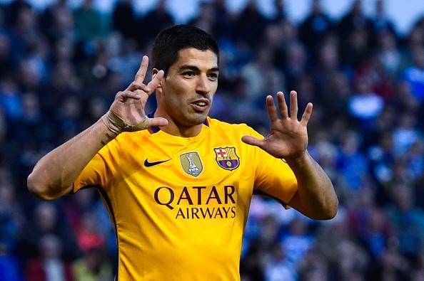 Suarez ghi 4 ban va kien tao 3 ban giup Barca thang 8-0 hinh anh 10