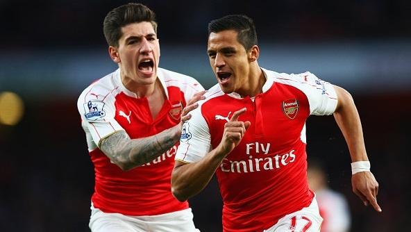 Sanchez lap cu dup giup Arsenal tro lai vi tri thu ba hinh anh