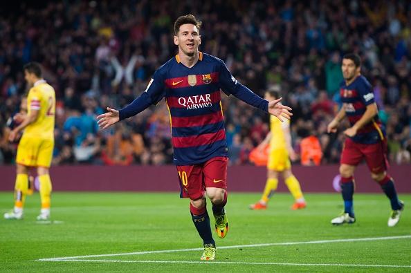 Suarez lai ghi 4 ban trong ngay Barcelona thang 6-0 hinh anh 5