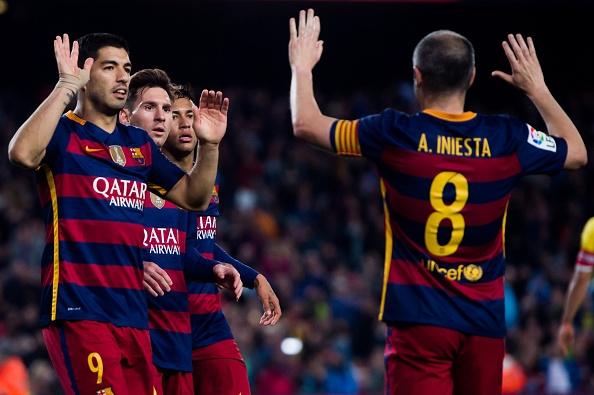 Suarez lai ghi 4 ban trong ngay Barcelona thang 6-0 hinh anh 7