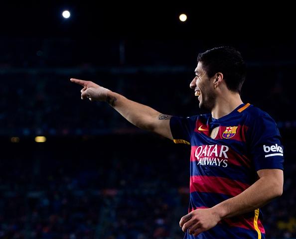 Suarez lai ghi 4 ban trong ngay Barcelona thang 6-0 hinh anh 14