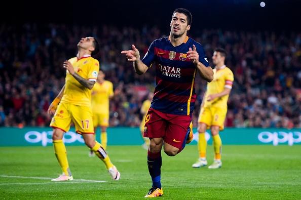 Suarez lai ghi 4 ban trong ngay Barcelona thang 6-0 hinh anh 9
