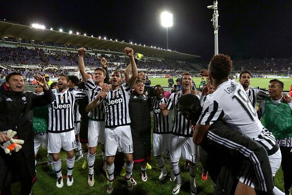 Juventus an mung chuc vo dich Serie A thu 5 lien tiep hinh anh 1