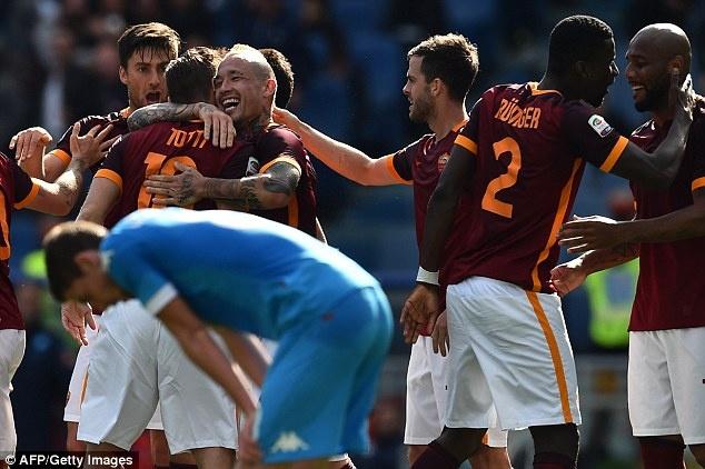 Juventus an mung chuc vo dich Serie A thu 5 lien tiep hinh anh 16
