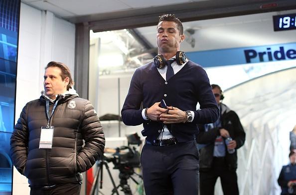 Ronaldo khong tin tuong doi ngu y te Real hinh anh 1