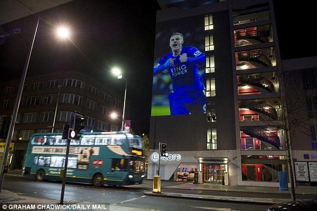 tran Leicester vs MU anh 2