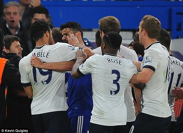 Tottenham va hang loat tinh huong choi xau voi Chelsea hinh anh 1