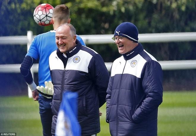 Khong khi vui ve o Leicester sau ngay dang quang hinh anh 8