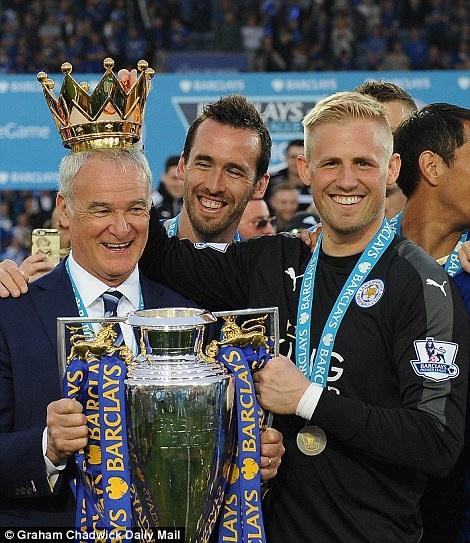 Ranieri doi vuong mien NH Anh, tam champagne vi hoc tro hinh anh 15