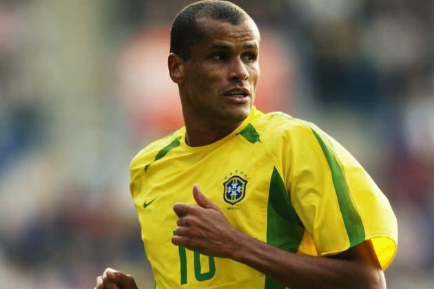 Huyen thoai Rivaldo khuyen du khach khong den Brazil hinh anh