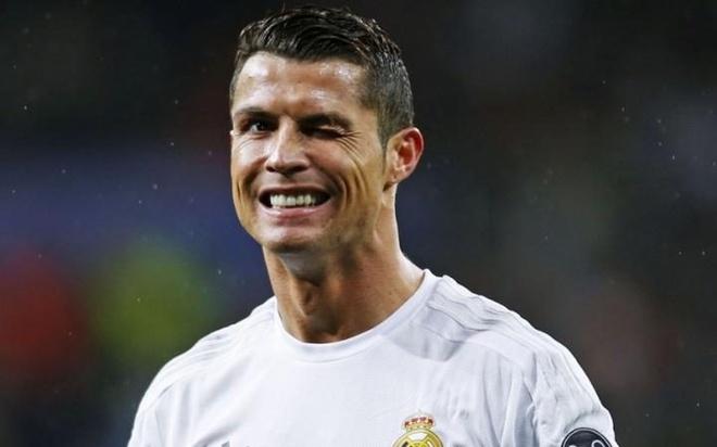 Ronaldo che cu dup cua Barca thua xa Champions League hinh anh