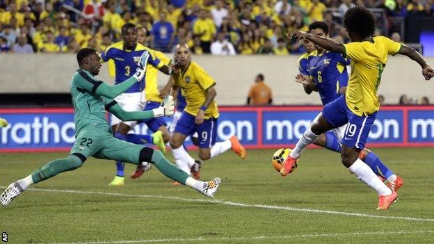 6 tran dau dang xem nhat vong bang Copa America 2016 hinh anh 4