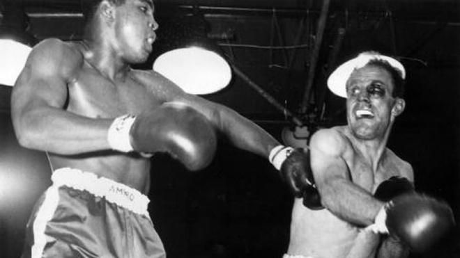 Muhammad Ali - Tu cau be ngheo kho den ong vua quyen Anh hinh anh 11