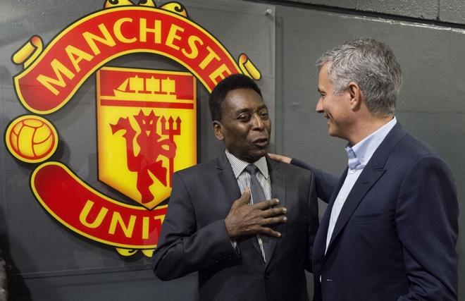 Mourinho, Pele banh bao di xem tuyen Anh thang doi Ranieri hinh anh
