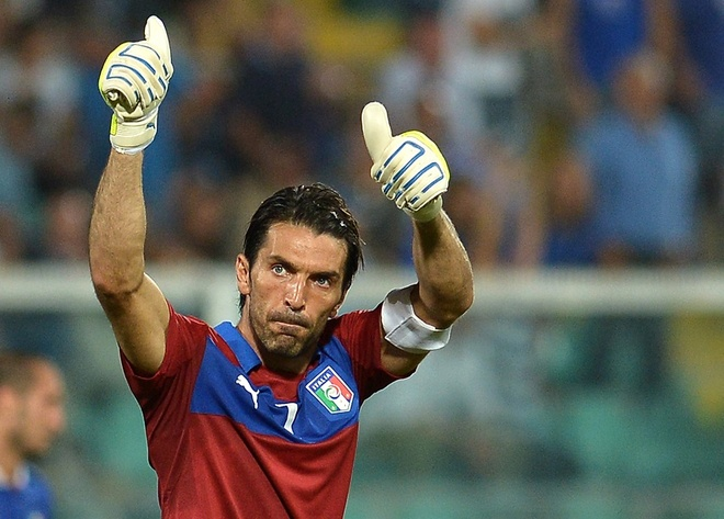 Buffon va 10 chien binh khong tuoi cua Euro 2016 hinh anh