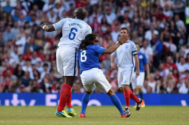 Mourinho, Pele banh bao di xem tuyen Anh thang doi Ranieri hinh anh 11