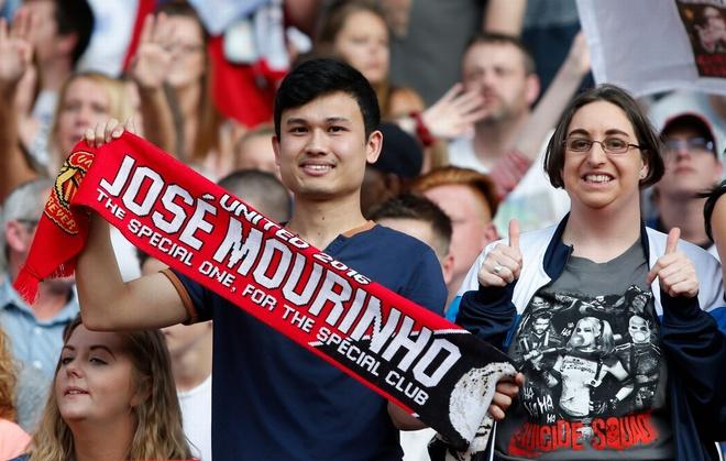 Mourinho, Pele banh bao di xem tuyen Anh thang doi Ranieri hinh anh 6