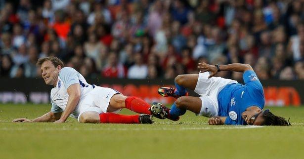 Mourinho, Pele banh bao di xem tuyen Anh thang doi Ranieri hinh anh 12