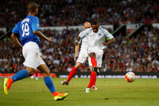Mourinho, Pele banh bao di xem tuyen Anh thang doi Ranieri hinh anh 19
