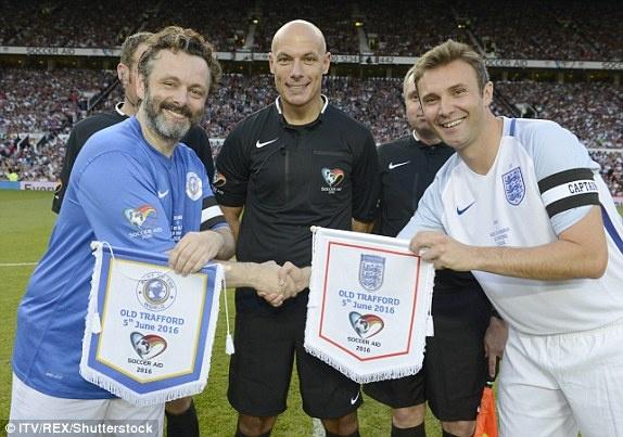 Mourinho, Pele banh bao di xem tuyen Anh thang doi Ranieri hinh anh 9