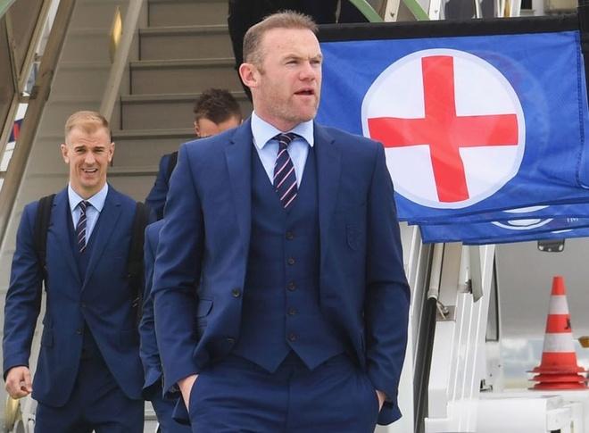 Rooney va dong doi sang Phap, nhan phong dat nhat hinh anh