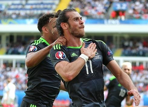 Bale: 'Toi khong can loi khuyen sut phat cua Ronaldo' hinh anh