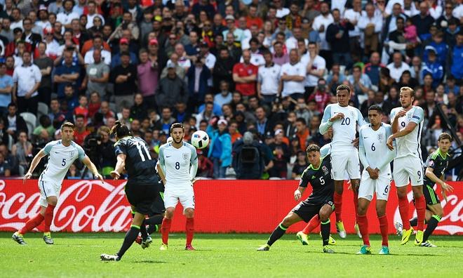 Bale: 'Toi khong can loi khuyen sut phat cua Ronaldo' hinh anh 1