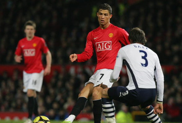 Doi cua Bale chua tung thang doi Ronaldo khi doi dau hinh anh 1