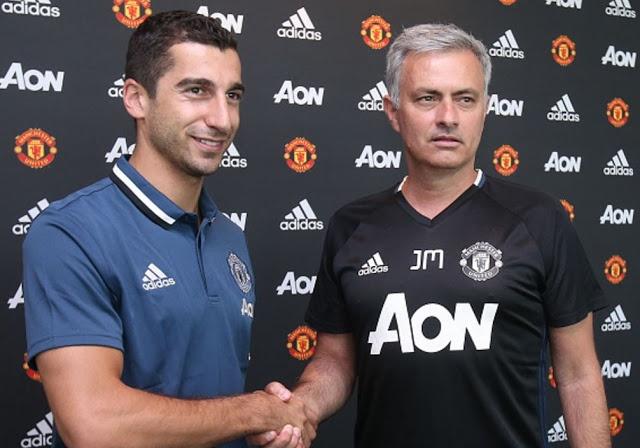 Mourinho bi nguoi vo gia cu voi tien tren pho hinh anh 7