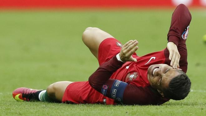 Ronaldo khoc nghen vi chan thuong hinh anh 2